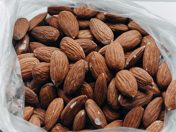 tomra-overcoming-5-main-challenges-facing-the-global-almond-industry